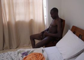 African Twink Dubaku Beats Off